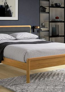 Hastings Wooden Bed Frame 4'6 Double BROWN